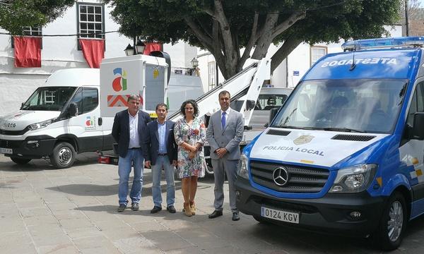 La incorporación de cinco nuevos vehículos eleva al 80% la renovación de la flota que presta servicios a la ciudadanía