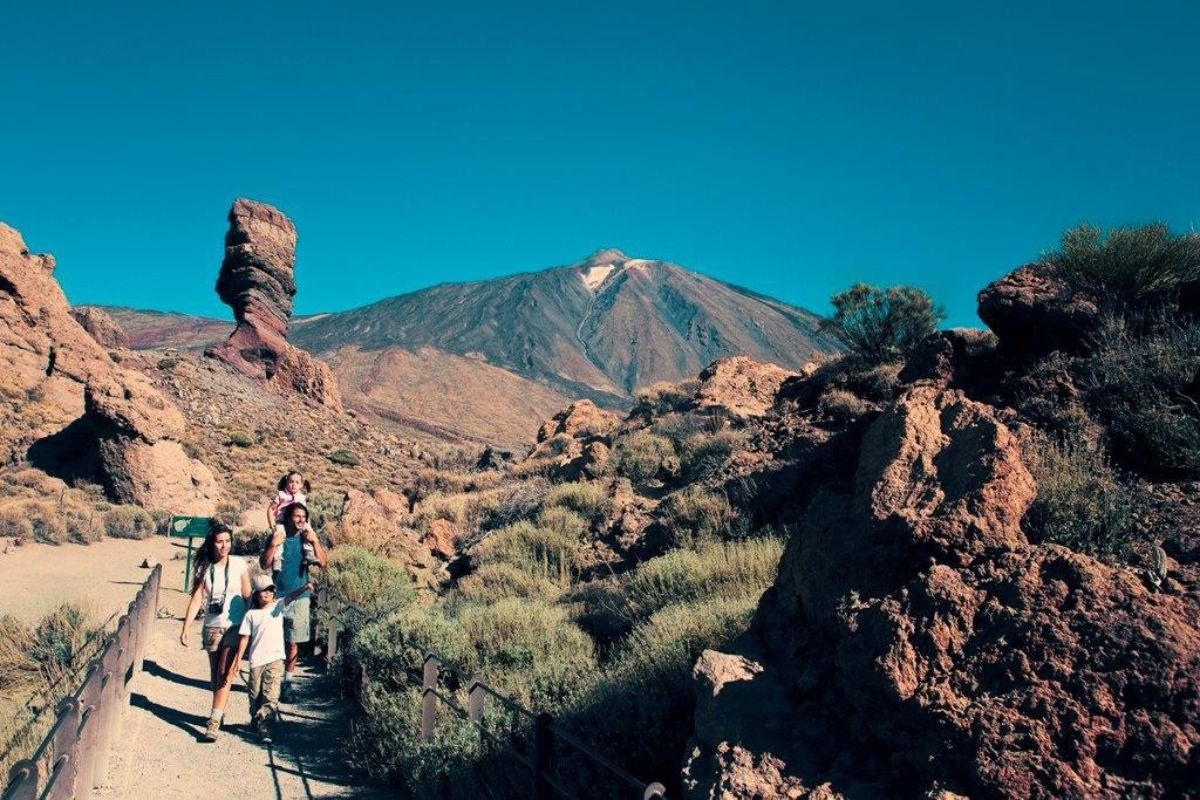 """El Teide """"is paying the consequences"""" of bad management ..."""