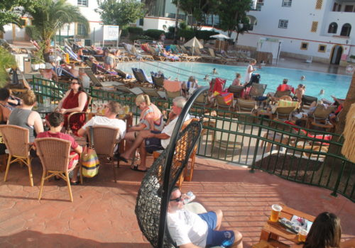 POOL BAR | 175.000€ | 50MQ