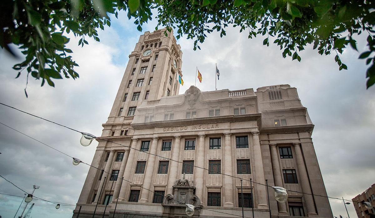 El Cabildo de Tenerife corre el riesgo de quedar sin control presupuestario legal ante la carencia de medios que sufre la Intervención General. DA