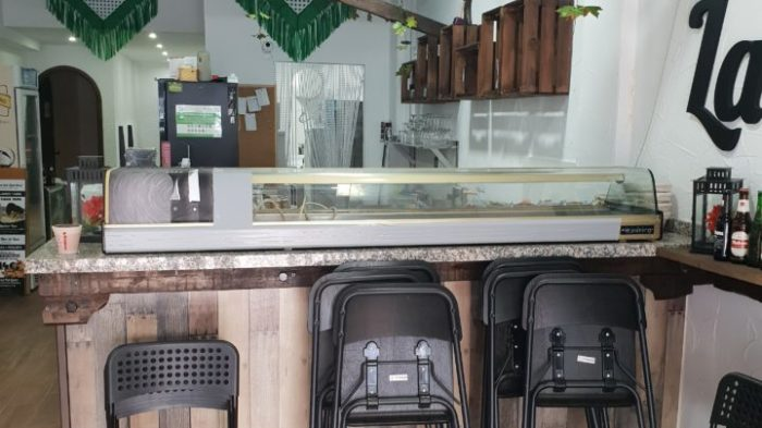 BAR CAFFETTERIA   30.000€   120MQ